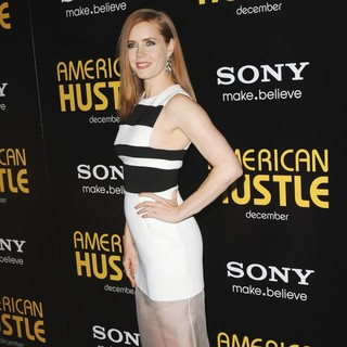 Amy Adams in Film Premiere American Hustle