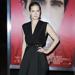 Amy Adams in Premiere of Warner Bros. Pictures' Her - Red Carpet