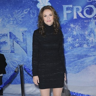 Amy Brenneman in Film Premiere Frozen