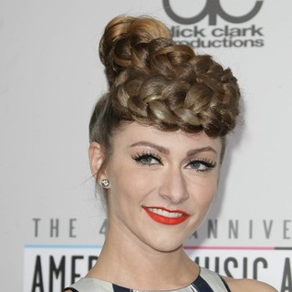 Karmin in The 40th Anniversary American Music Awards - Arrivals - amy-heidemann-40th-anniversary-american-music-awards-01
