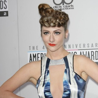 Karmin in The 40th Anniversary American Music Awards - Arrivals - amy-heidemann-40th-anniversary-american-music-awards-02