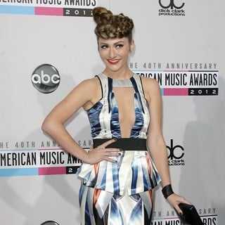 Amy Heidemann, Karmin in The 40th Anniversary American Music Awards - Arrivals
