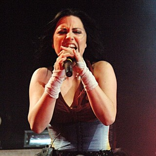 Amy Lee, Evanescence in Amy Lee Performing Live in Concert at Santa Barbara Bowl