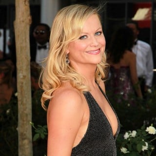 Amy Poehler in 64th Annual Primetime Emmy Awards - Arrivals