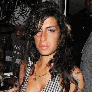 Amy Winehouse in Amy Winehouse Enjoys An Evening at Jazz After Dark Club in Soho