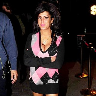 Amy Winehouse in Amy Winehouse Spends The Night in Camden Town After Leaving Abbey Road Studios