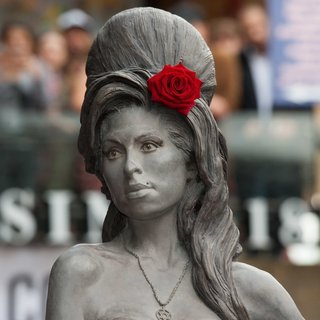 Amy Winehouse - Amy Winehouse Statue Unveiling