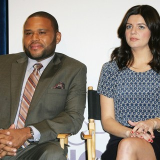 Anthony Anderson, Casey Wilson in The 2013 People's Choice Awards Nominee Announcements