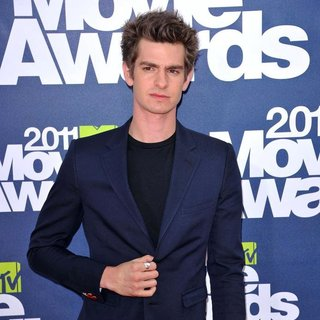 Andrew Garfield in 2011 MTV Movie Awards - Arrivals