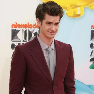 Andrew Garfield in 2012 Kids' Choice Awards - Arrivals