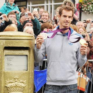 Andy Murray Returns to His Hometown of Dunblane