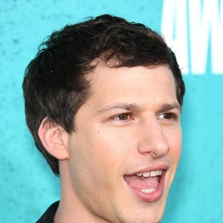 Andy Samberg in 2012 MTV Movie Awards - Arrivals