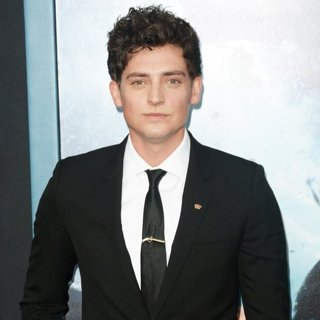Aneurin Barnard-Dunkirk New York Premiere - Red Carpet Arrivals
