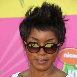 Angela Bassett in Nickelodeon's 26th Annual Kids' Choice Awards - Arrivals