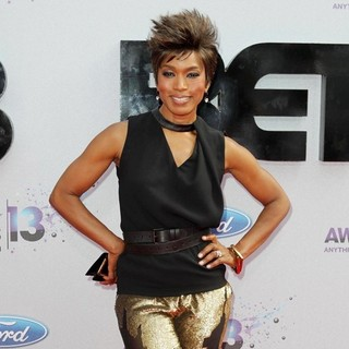 Angela Bassett in The 2013 BET Awards - Arrivals