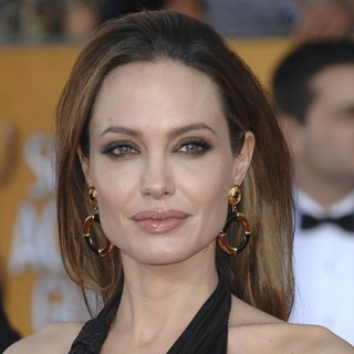 Angelina Jolie in The 18th Annual Screen Actors Guild Awards - Arrivals