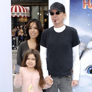 Connie Angland, Billy Bob Thornton in World Premiere of Happy Feet Two