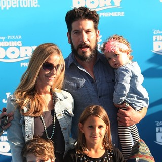 Erin Angle, Jon Bernthal, Adeline Bernthal in Disney-Pixar's Finding Dory Los Angeles Premiere