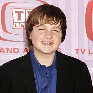 Angus T. Jones in 2009 TV Land Awards - Arrivals