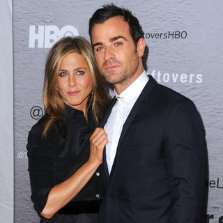 Jennifer Aniston, Justin Theroux in The Leftovers New York Premiere - Red Carpet Arrivals