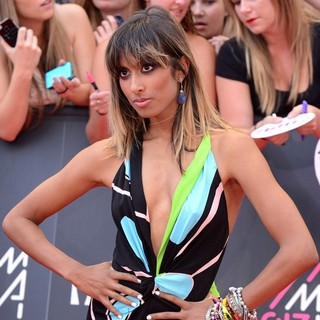 Anjulie in 2013 MuchMusic Video Awards - Arrivals