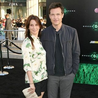 Amanda Anka, Jason Bateman in Los Angeles Premiere of Warner Bros. Pictures Green Lantern