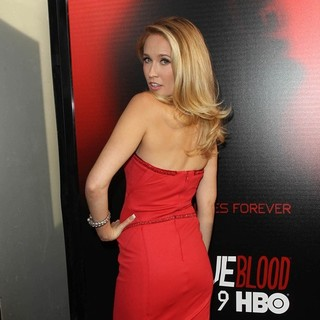 Anna Camp in Premiere of HBO's True Blood Season 6 - Arrivals