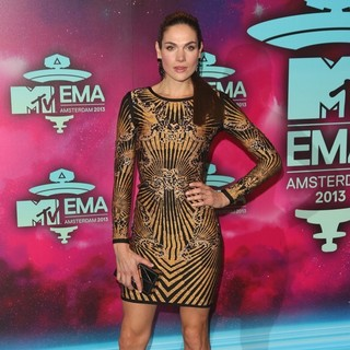 Anna Drijver in 20th MTV Europe Music Awards - Arrivals