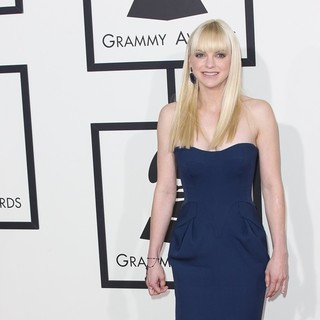 Anna Faris in The 56th Annual GRAMMY Awards - Arrivals