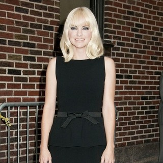 Anna Faris in The Late Show with David Letterman