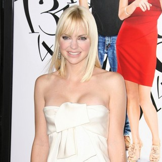 Anna Faris in The World Premiere of What's Your Number? - Arrivals