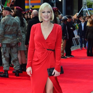 Anna Faris in World Premiere of The Dictator - Arrivals
