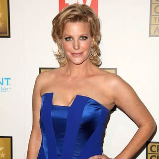 Anna Gunn in 2012 Critics' Choice TV Awards - Arrivals