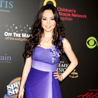 Anna Maria Perez de Tagle in 2011 Daytime Emmy Awards - Red Carpet