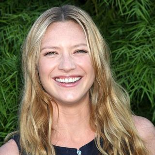 Anna Torv in The 2011 Saturn Awards - Arrivals