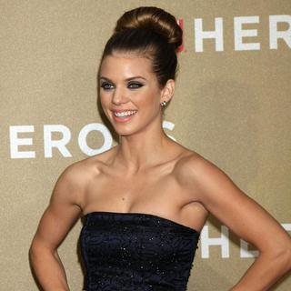 AnnaLynne McCord in 2011 CNN Heroes: An All-Star Tribute