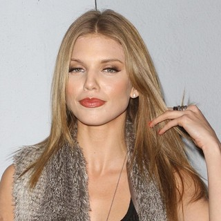 AnnaLynne McCord in Sloane and Tate Host An Exclusive Launch Party