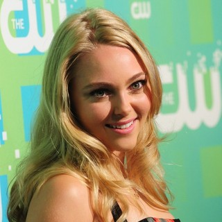 2012 The CW Upfront Presentation