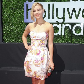 2013 Young Hollywood Awards - Red Carpet