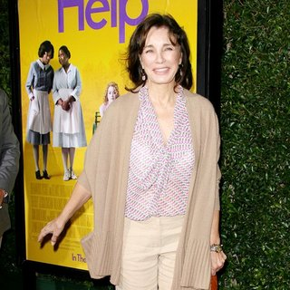 Anne Archer in World Premiere of The Help