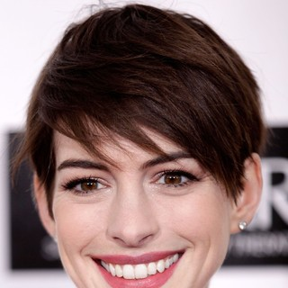Anne Hathaway in 18th Annual Critics' Choice Movie Awards