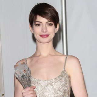 Anne Hathaway in 18th Annual Critics' Choice Movie Awards - Press Room