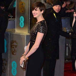 Anne Hathaway in The 2013 EE British Academy Film Awards - Arrivals
