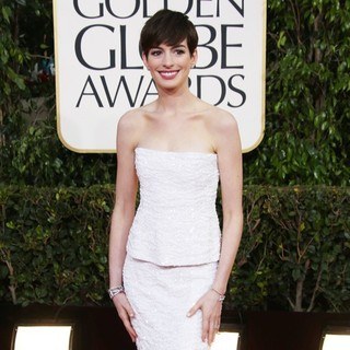 Anne Hathaway in 70th Annual Golden Globe Awards - Arrivals