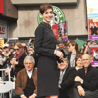 Anne Hathaway in Hugh Jackman Is Honoured with A Hollywood Star on The Hollywood Walk of Fame