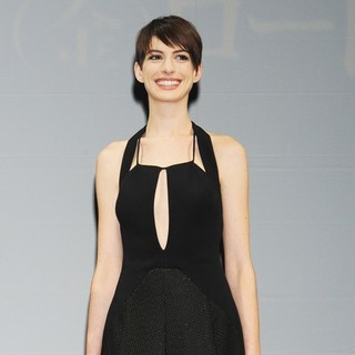 Anne Hathaway in The Japan Premiere of Les Miserables