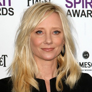 Anne Heche in 27th Annual Independent Spirit Awards - Arrivals