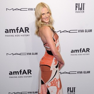 Anne Vyalitsyna in The amfAR Gala 2013