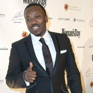 Anthony Hamilton in The 7th Annual Woman's Day Red Dress Awards - anthony-hamilton-7th-annual-woman-s-day-red-dress-awards-02