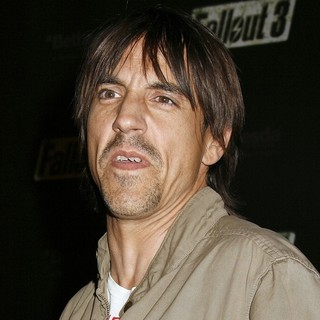 Red Hot Chili Peppers in Fallout 3 Videogame Launch Party - Arrivals - anthony-kiedis-fallout-3-videogame-launch-party-01